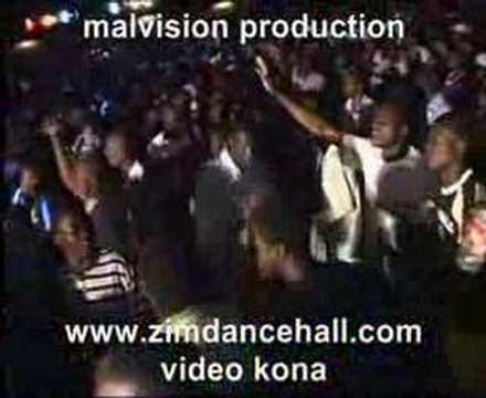 mai charamba-universal soilder live...new...