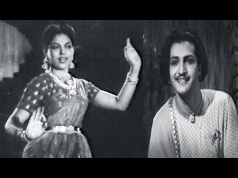 gundamma katha old movie songs