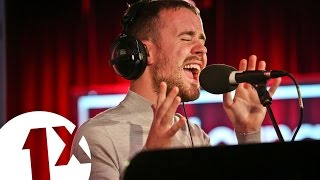 Maverick Sabre covers Freak Of The Week and Don