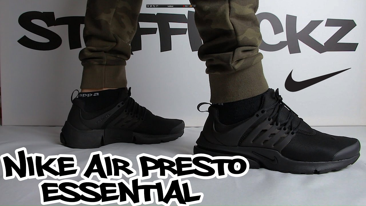 Nike Air Presto Essential Triple Black | ON FEET
