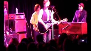 Download lagu Jon Bon Jovi Bang a drum 23 02 2009 MP3