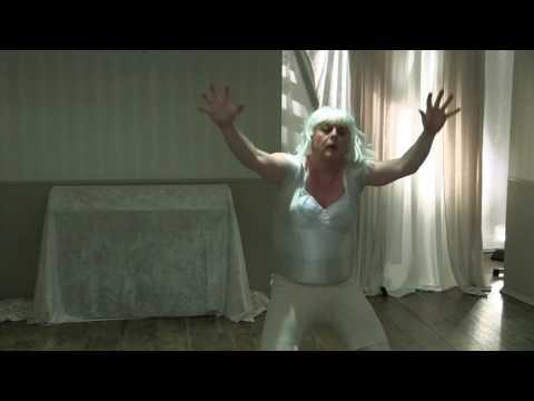 Hanne Lore tanzt Chandelier