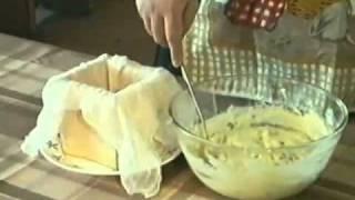 Видео рецепт: Творожная пасха(Здоровое питание - http://nsp-ru-ua.com/healthy-food/ Творожная пасха - видео-рецепт для праздничного стола в православные..., 2010-08-11T10:02:32.000Z)