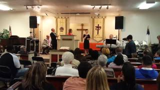 Gracie Carr singing, His life for mine at Sonrise