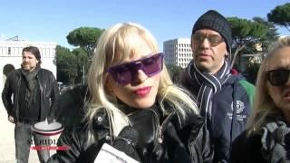 Funerali Riccardo Schicchi, Eva Henger Cicciolina e Rocco Siffredi omaggiano il genio dell eros