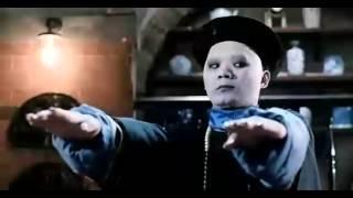 林正英国语电影-僵尸家族