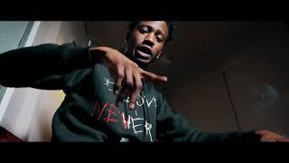 Смотреть клип Yung Mal - Stashed In The Vent