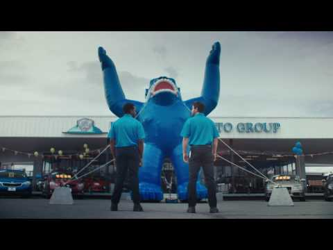 Beepi Frees The Inflatable Gorillas: 30 Seconds