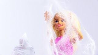В доме Барби привидение - Игры в куклы для девочек