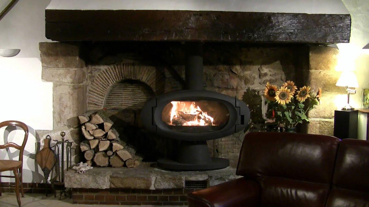 poele a bois godin eco faience. Black Bedroom Furniture Sets. Home Design Ideas