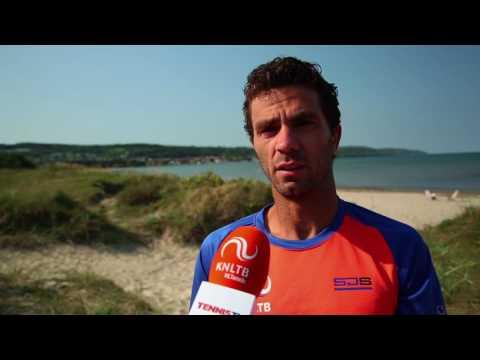 Jean-Julien Rojer helpt bij racketkeuze