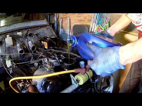 Changing The Oil Of A 602cc 2cv Engine