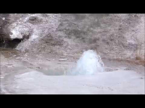 Marmot Cave Geyser (HD)