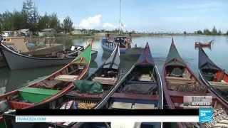 Video Tsunami ground zero: Banda Aceh's seafront - #Revisited download MP3, MP4, WEBM, AVI, FLV April 2018