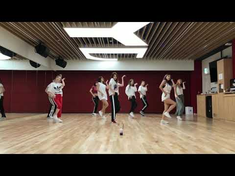 Download  TWICE dance the night away dance mirror Gratis, download lagu terbaru
