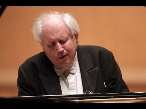 Grigory Sokolov - Mozart: Piano Sonata K.545 (live in Roma, 27/03/2017)
