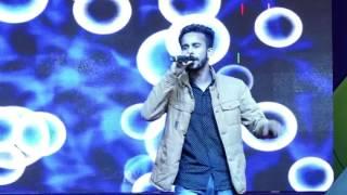 Dil Cheez Tujhe Dedi ||Live|| at BSACET by Mohit.