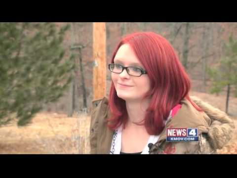High school suspends student for \'unnatural\' hair color - YouTube