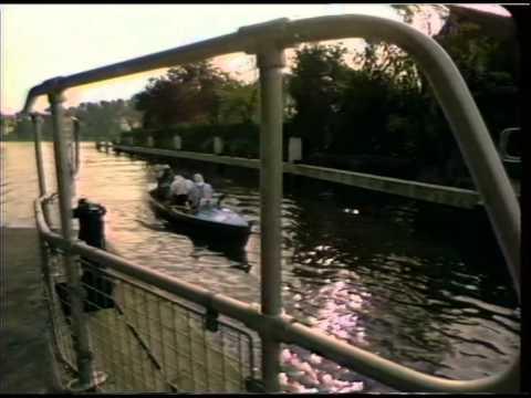LOCKS : River Thames : Goring and Sonning