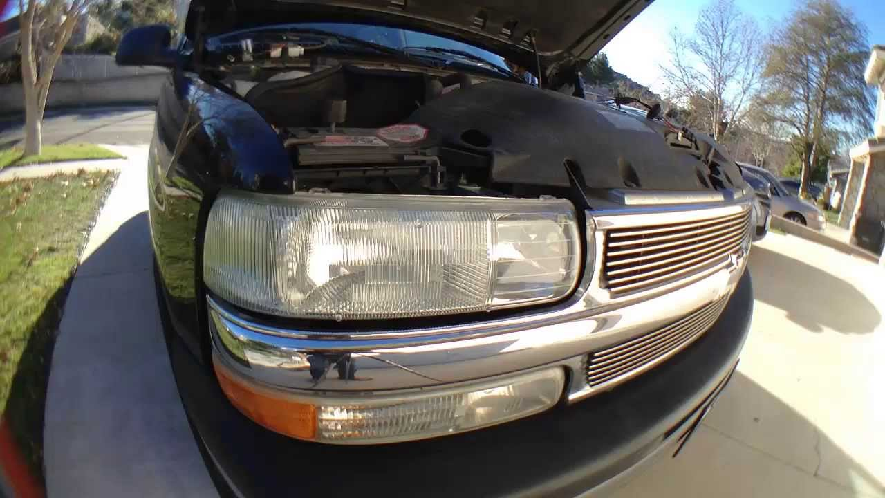How To Install Replace Headlight 99 06 Chevy Silverado Sierra Suburban Tahoe Yukon You