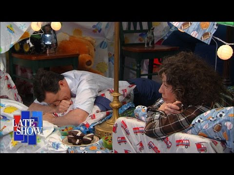 The Late Show Blanket Fort (with Lily Tomlin)