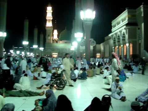 Shahrukhkhan salam in medina