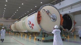 H2Aロケットを公開 温室ガス観測衛星を搭載