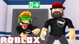 GLITCHING THROUGH THE EXIT DOORS in ROBLOX FLEE THE FACILITY | RUN, HIDE, ESCAPE!