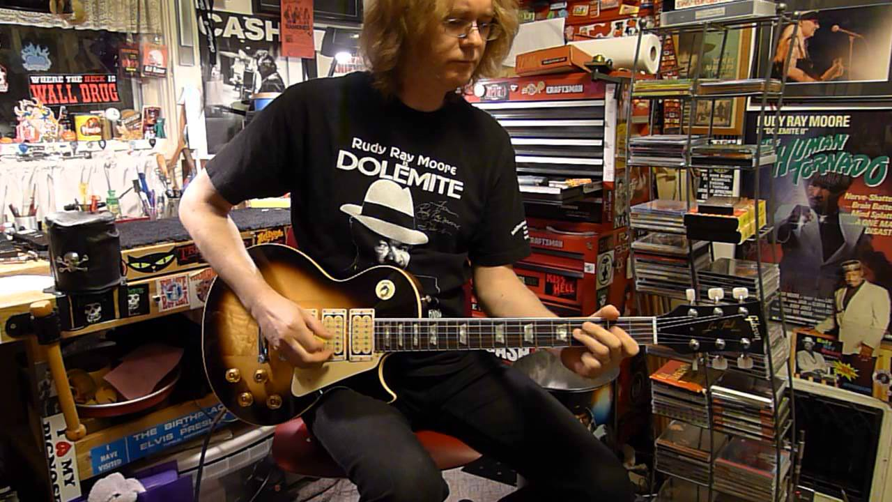 Bill Baker Shows Off Ace Frehley Budokan Style Les Paul 3 Pickup And Refret Mod After Youtube
