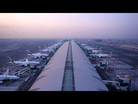 Emirates Time Lapse 🛫🛬