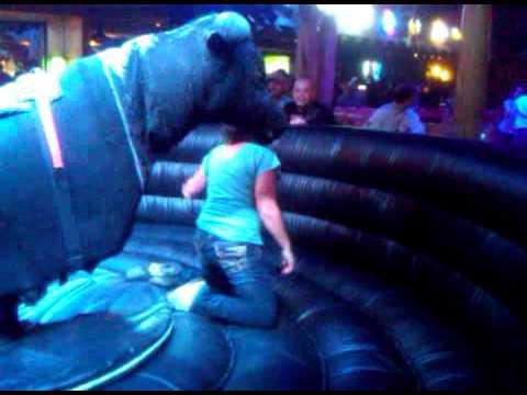 Desi Bull.3GP