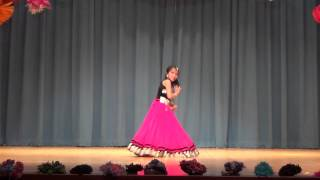 "BEST Dance Performance on ""Radha Teri Chunri"" - Student of the Year"