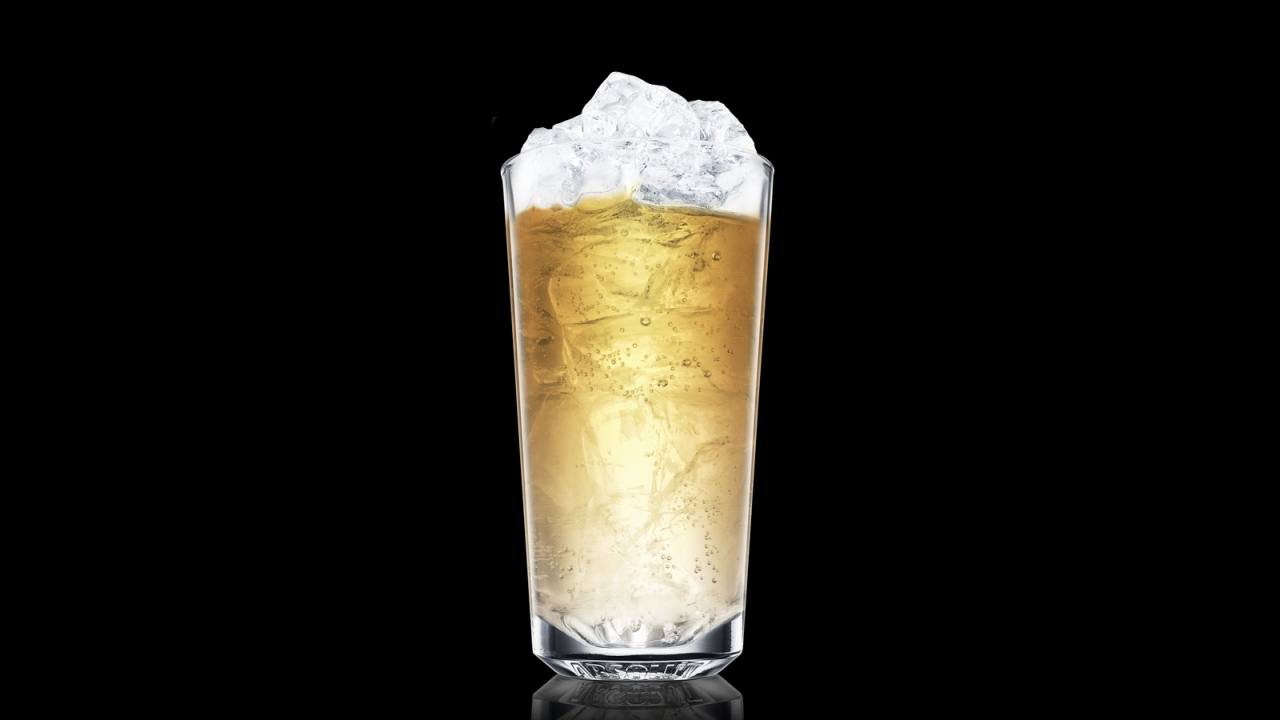 Vodka Ginger Ale Drink Recipe How To Mix