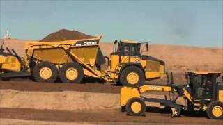 John Deere demos 850K crawler dozer, 370E ADT
