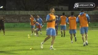 Official Training Tim Arema FC