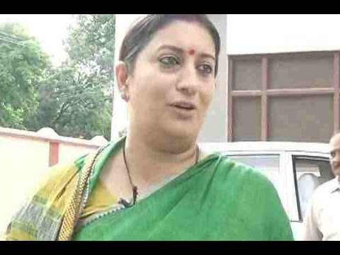EXCLUSIVE: Union textile minister Smriti Irani urges people to wear handloom products