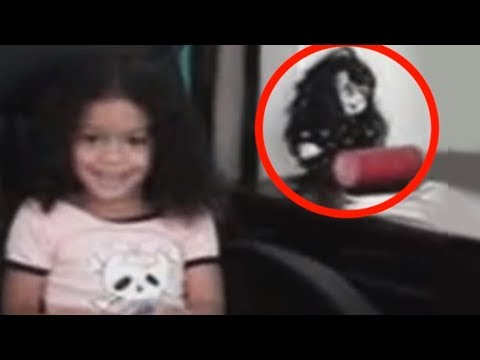 5 Bonecas Arrepiantes Filmadas Se Movendo #2