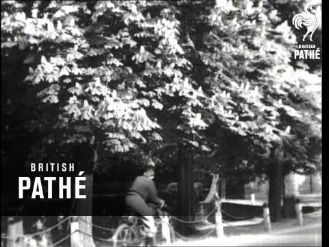 Dulwich Village Aka Go To It (1940)