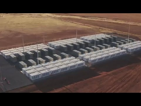 Tesla turns on world's biggest lithium-ion battery