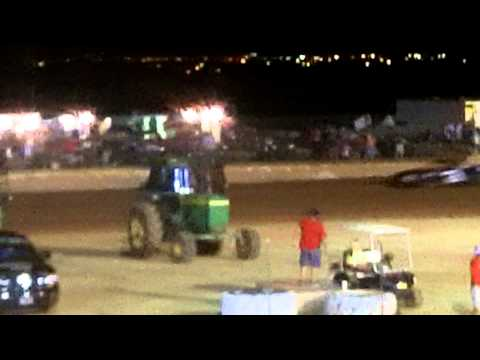 Mini Stock A Feature at Lawton speedway 8/29/2015 (Part 1)