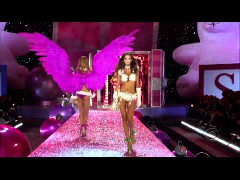 HD 2005 The Victoria's Secret Fashion Show Part 1  Sexy Santa Helpers - Leaked Video