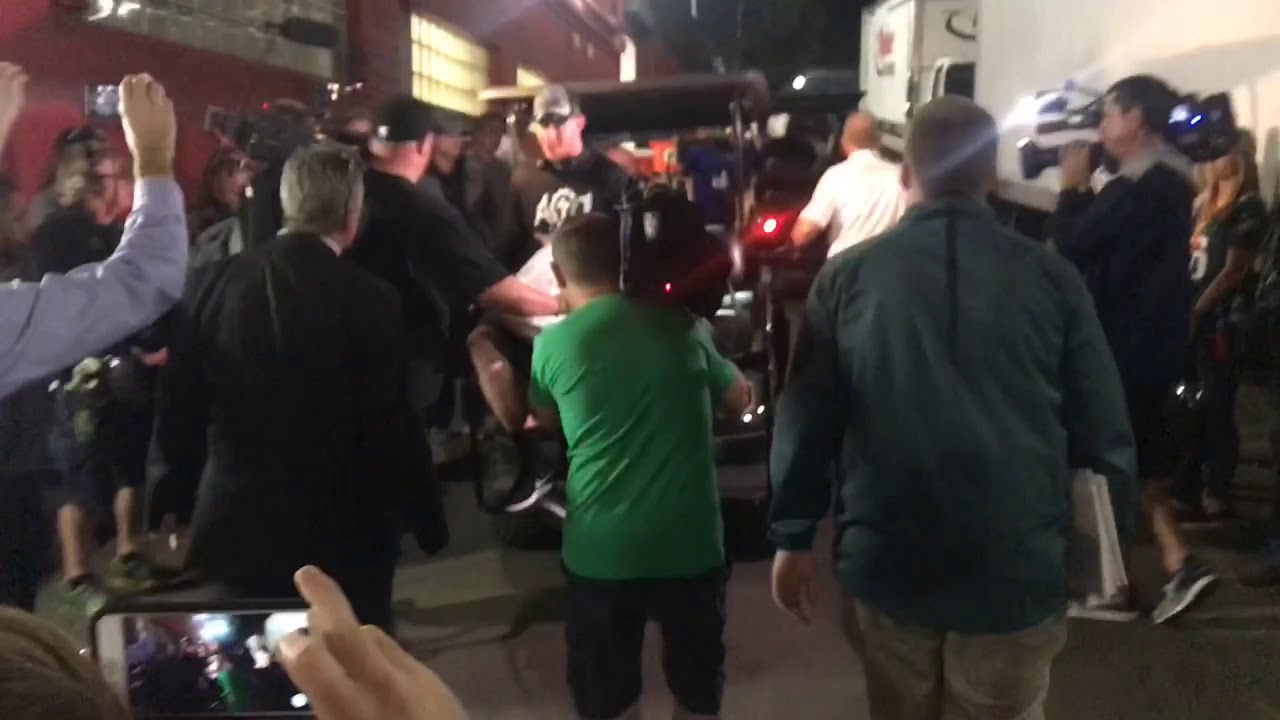 eagles-carson-wentz-carted-to-team-bus