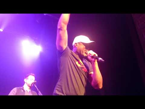 Darius Rucker - For The First Time (live At The Forum Melbourne, 19th March 2018)