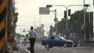 دباب يصدم سيارة بطريقة جنونية | حادث اليم