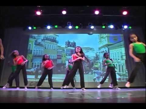 Escola Passos de Dança - Olodum