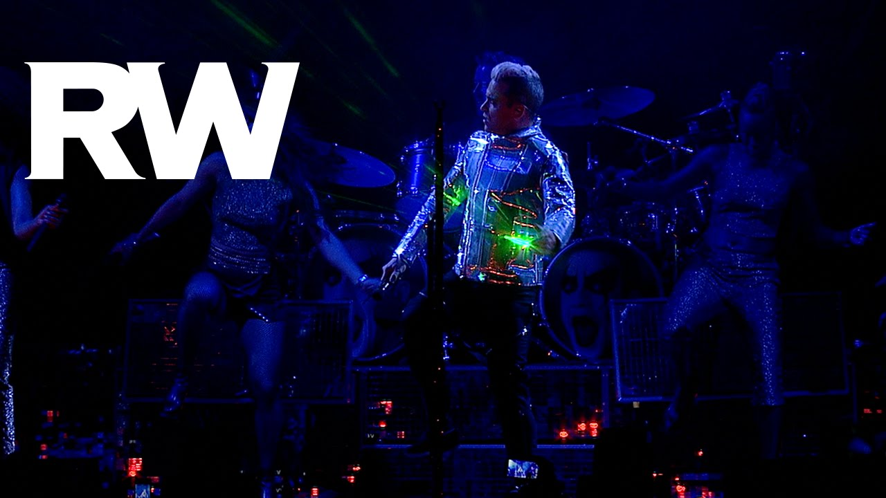 Robbie Williams   Tripping live in Moscow   LMEY Tour 2015