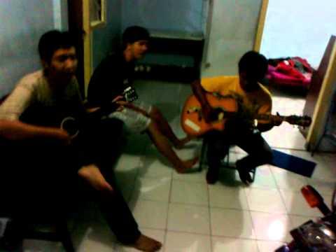 RIP - Bondan Prakoso feat anak kost Setia Dharma.mp4
