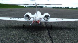 R/C Lear Jet 45 EDF Twin-Turbine MG Dubendorf Family Day 2014