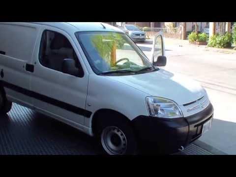 citroen berlingo furgon nafta 1 4 aa dir 2011 garage chivilcoy youtube. Black Bedroom Furniture Sets. Home Design Ideas