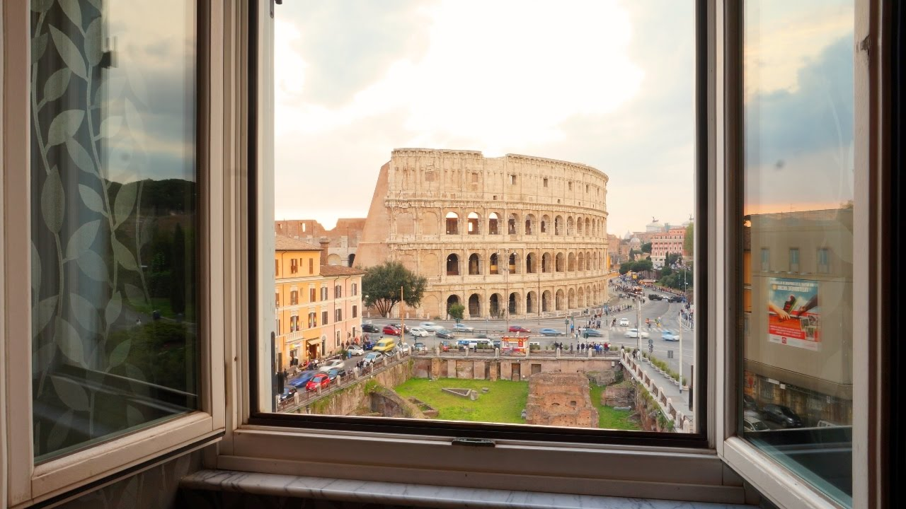 Colosseum Views From My Bed Hotel Palazzo Manfredi In Rome